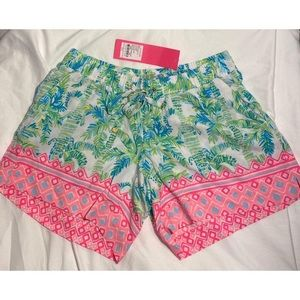 Lilly Pulitzer Katia Shorts in Keep Palm